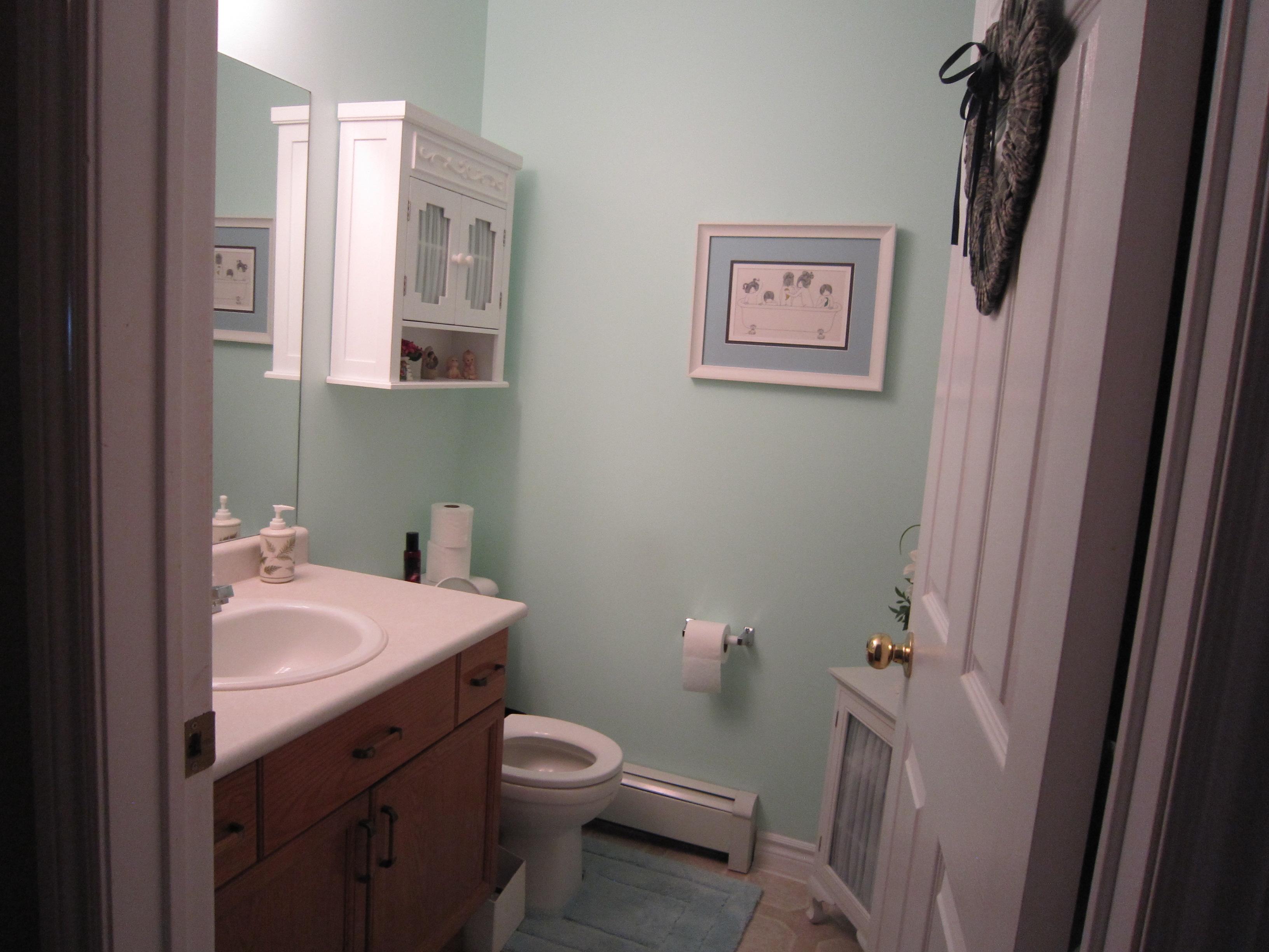 Hare Bathroom