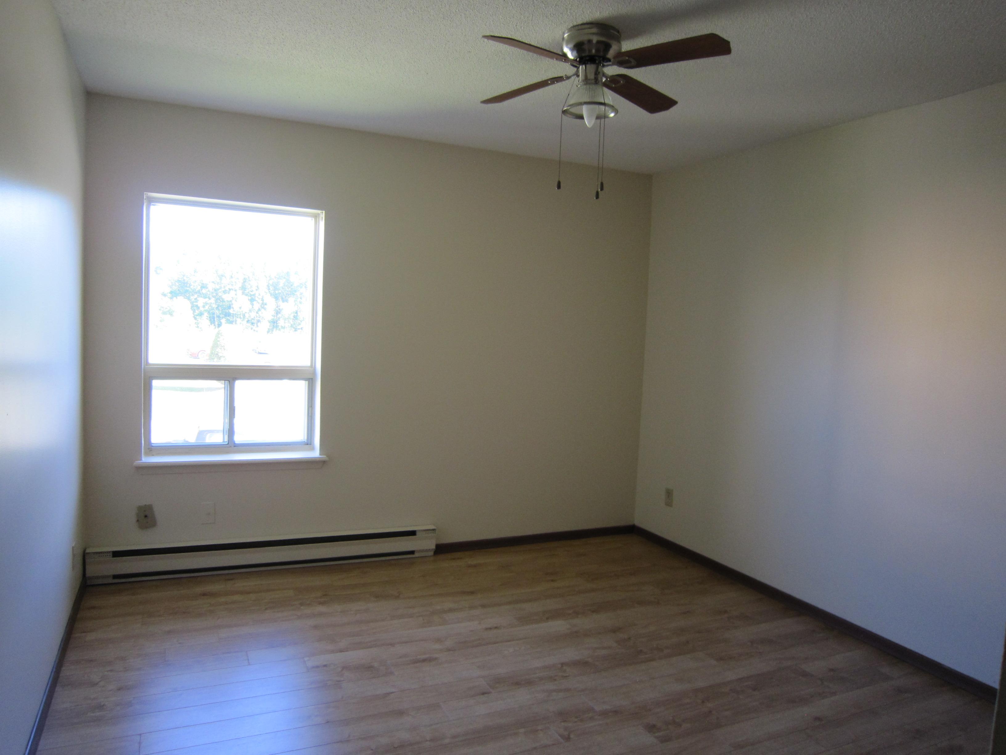 Twin VIII Bedroom